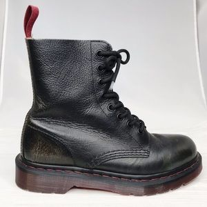Dr. Martens   Pascal Classic Lace Up Boots Sz. 7